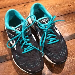 Brooks Launch 5 Womens running shoe 9.5 black teal